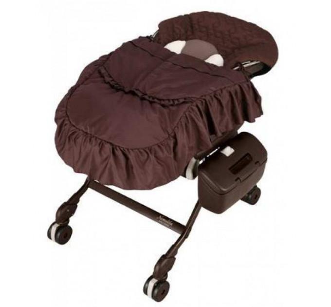Combi Nemulila Auto Swing колыбель стульчик (с одеялом)